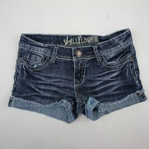 Wallflower Women's Mini Shorts Size 1 Medium Wash